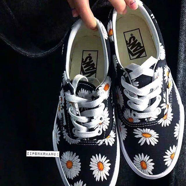 Giày Vans Hoa Cúc siêu xinh cho nữ