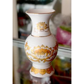 Bình hoa thờ cúng sứ trắng sen vàng