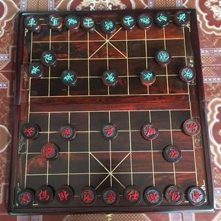 Bộ bàn cờ tướng gỗ trắc kèm quân