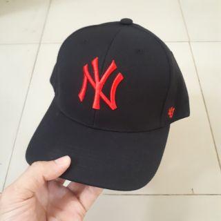 Mũ baseball cap NY đen đỏ
