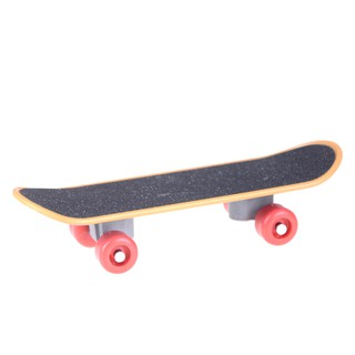 $VN 14CM Finger Skateboard Fingerboard Finger Scooter Skate Boarding Game Toys