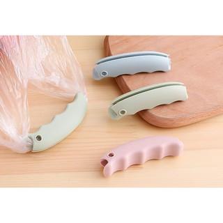 Miếng silicol bọc quai túi giảm đau khi xách nặng 88094 GIADUNG STORE88 thumbnail