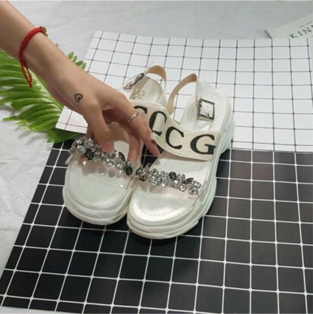 [Rẻ vô địch] Giày sandal độn đế 5p Gucc quai trong đá to sang chảnh