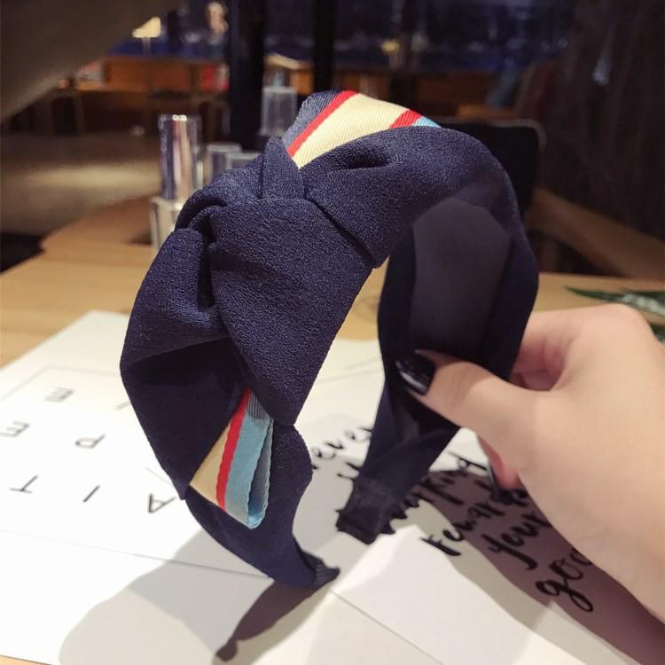 Băng đô vải kiểu dáng thời trang phong cách Hàn Quốc cho nữ - 13921934 , 2674420157 , 322_2674420157 , 126800 , Bang-do-vai-kieu-dang-thoi-trang-phong-cach-Han-Quoc-cho-nu-322_2674420157 , shopee.vn , Băng đô vải kiểu dáng thời trang phong cách Hàn Quốc cho nữ