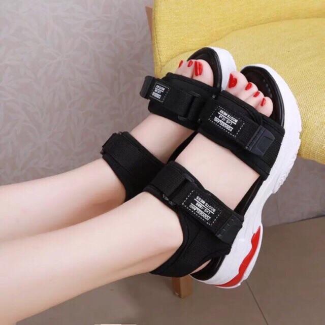 Sandal nữ đế đỏ