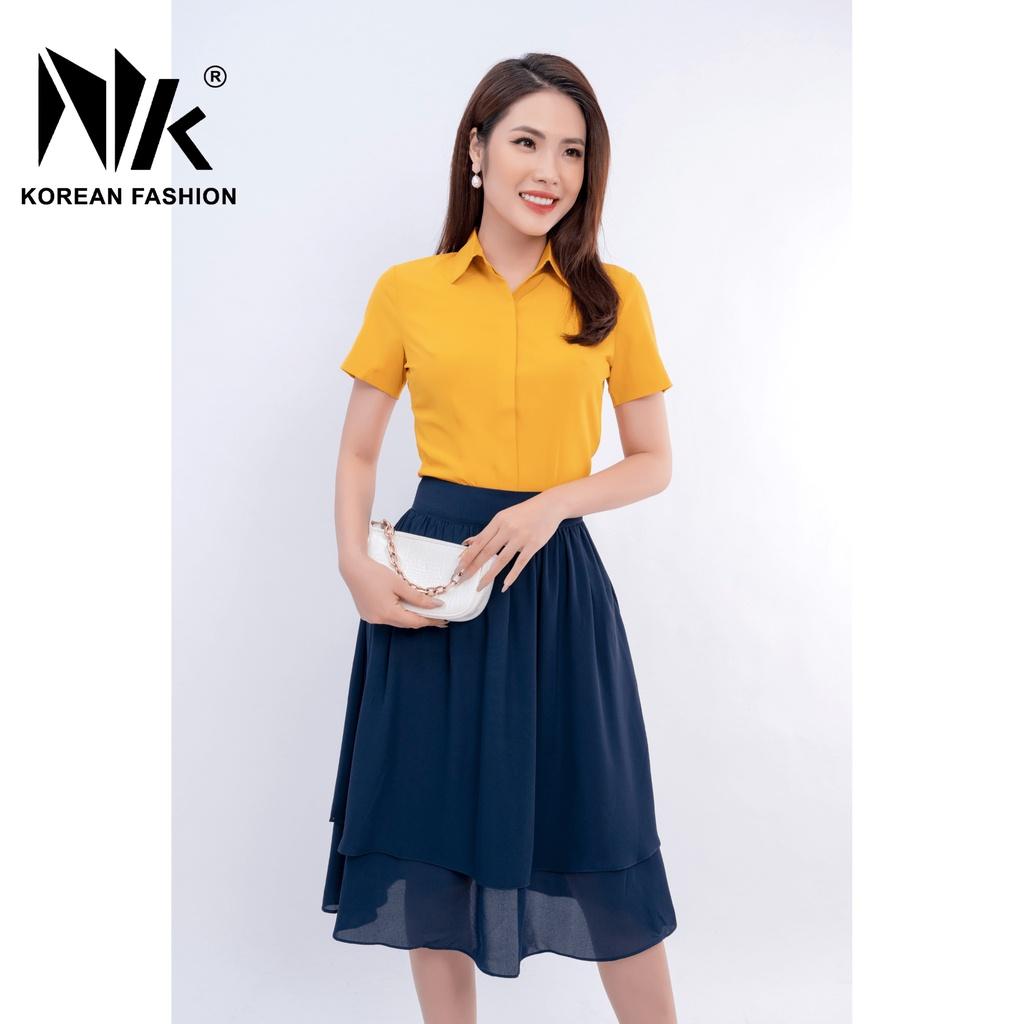 Mặc gì đẹp: Phong cách với Áo sơ mi nữ cộc tay công sở kiểu dáng basic trơn dáng ôm vải Hàn co giãn - Thời trang thiết kế NK Fashion NKSM2011007