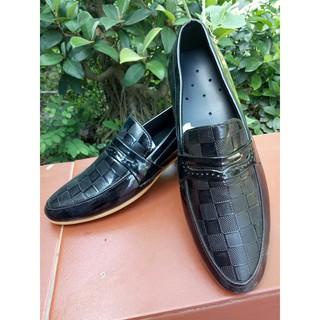 Xả giày trưng bày lỗi-XG16