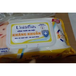 Khăn ướt trẻ em unifresh không mùi kháng khuẩn 80 miếng 1 hộp có nắp