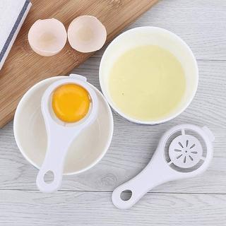 Dụng cụ tách lòng đỏ trứng bằng nhựa tiện dụng dành cho nhà bếp thumbnail