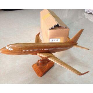 Mô hình máy bay gỗ mỹ nghệ B737