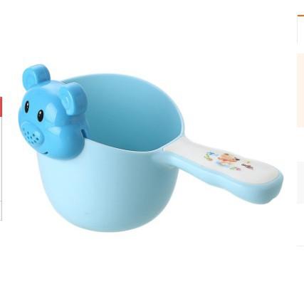 [LOẠI 1] Cốc tắm và gội đầu cho bé