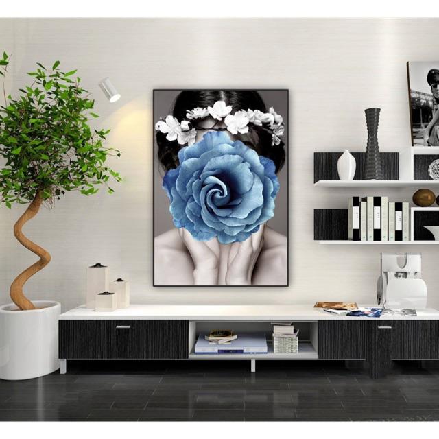 Kết quả hình ảnh cho tranh canvas cô gái và hoa hồng