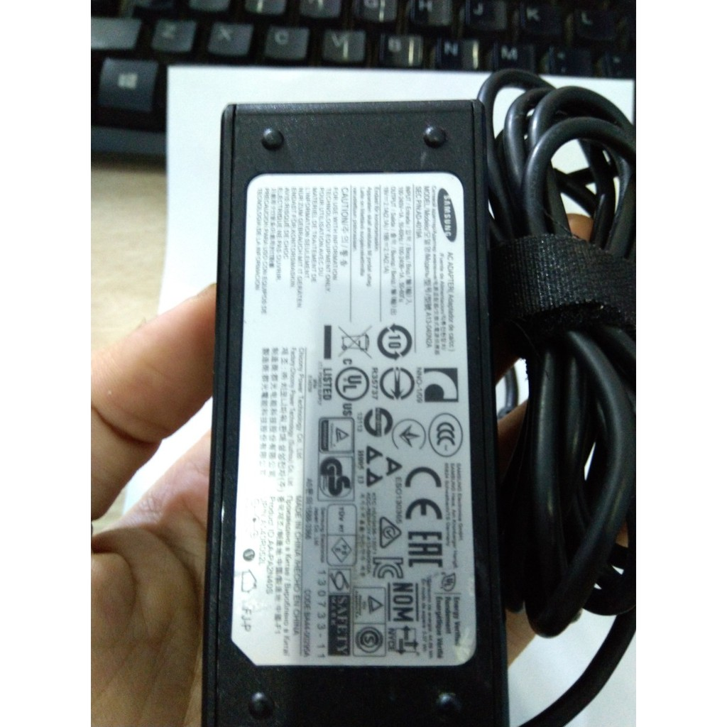 Sạc laptop samsung NC10 ND10 NC20 N108 hàng tháo máy