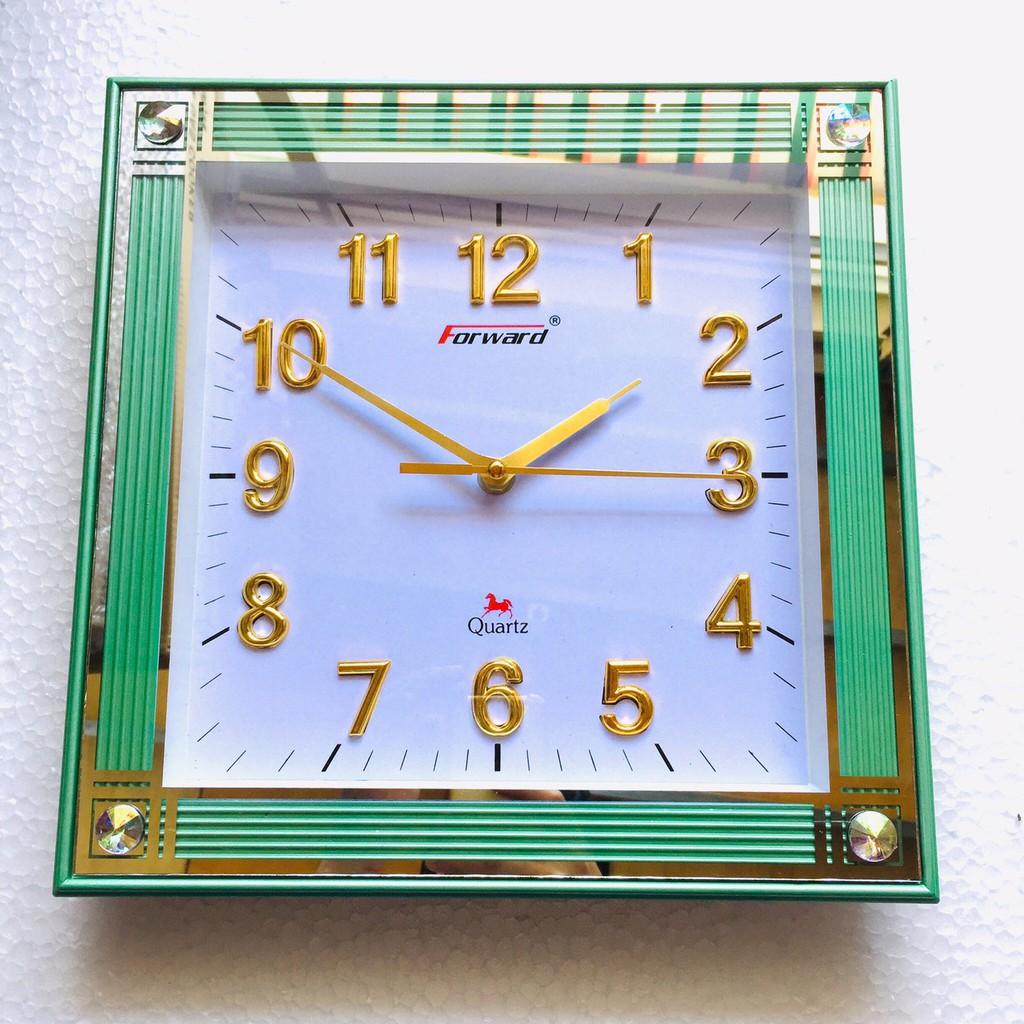 Đồng hồ treo tường Vuông Forward (P131) (trắng)