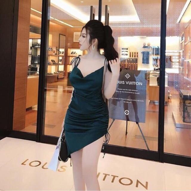 Đầm body cổ đỗ 2 dây hở lưng sexy và ảnh thật - 3219218 , 1106043977 , 322_1106043977 , 200000 , Dam-body-co-do-2-day-ho-lung-sexy-va-anh-that-322_1106043977 , shopee.vn , Đầm body cổ đỗ 2 dây hở lưng sexy và ảnh thật