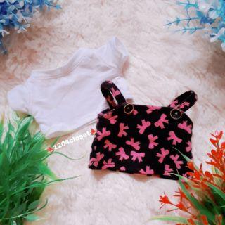 Outfit doll 20cm gồm áo và đầm yếm.