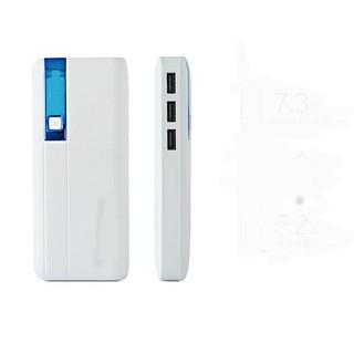 Pin sạc dự phòng 6000mah 3 cổng USB hiển thị dung lượng pin,có đèn pin bán xong 3038