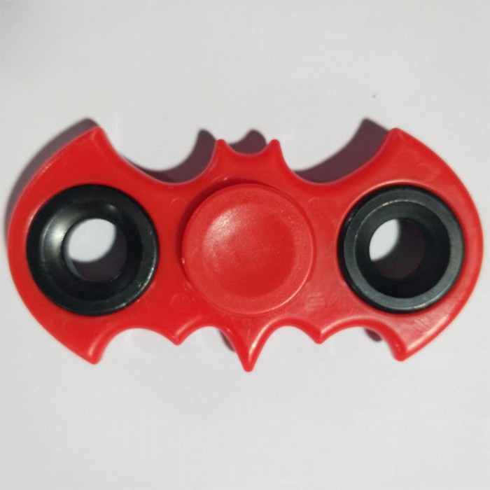 VINSKY20K Spinner Batman Siêu Cá Tính F2 (Màu Sắc Ngẫu Nhiên) VinSkyS
