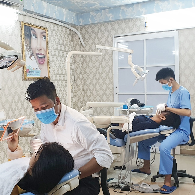 Hồ Chí Minh [Voucher] - Trồng Răng Sứ Titan - BH 5 Năm Tại Nha Khoa Spa Đức Tâm