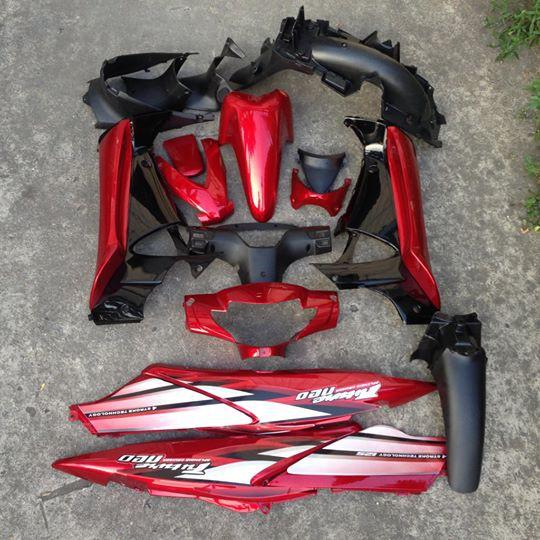 Bộ vỏ nhựa / Dàn áo xe Future NEO màu đỏ