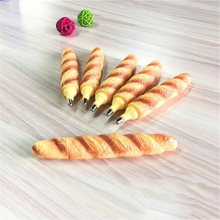 Bút Bi Kiểu Bánh Mì Thú Vị