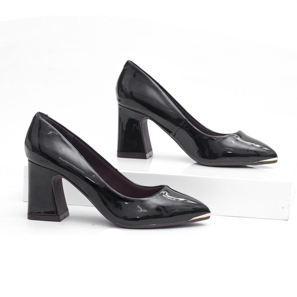 Giày Cao Gót 7cm Đế Vuông Da Bóng Mũi Đồng Màu Đen Pixie X434