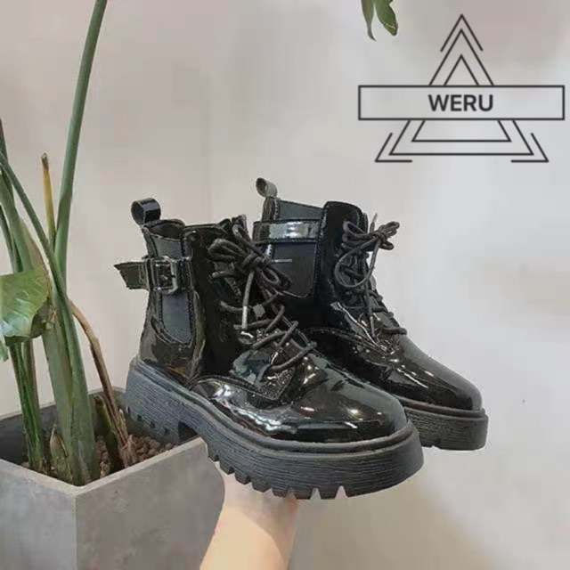 Boots da cao cổ nữ cài quai phần cổ giày
