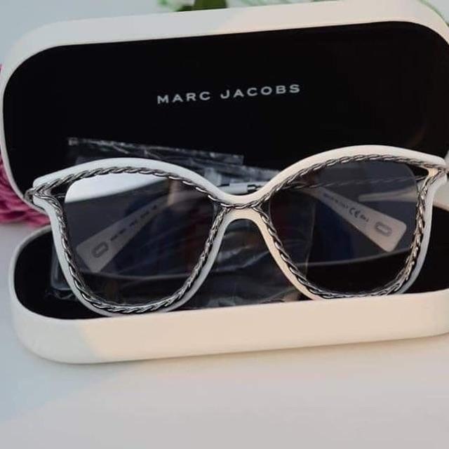 Kính mát nữ Marc Jacobs cá tính