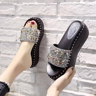 Dép sandal đế xuồng dày thời trang mùa hè dành cho nữ 2021