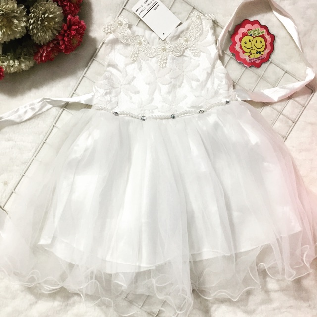 Váy công chúa ren Quảng