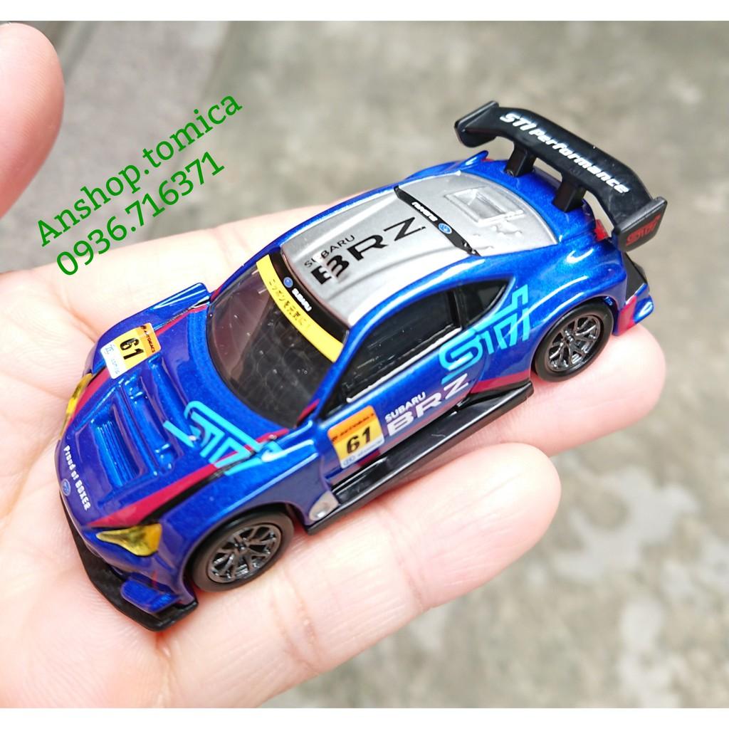 Mô hình xe đua màu xanh tomica Nhật Bản No18 (Có Hộp)