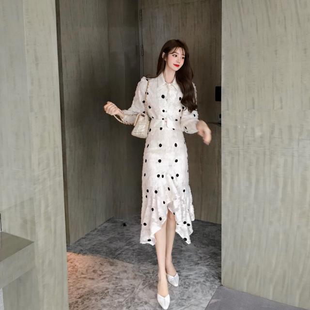 Set áo thun tay dài phối chân váy đuôi cá màu trắng họa tiết chấm bi xinh xắn thời trang dành cho nữ - 22586779 , 6206846377 , 322_6206846377 , 356400 , Set-ao-thun-tay-dai-phoi-chan-vay-duoi-ca-mau-trang-hoa-tiet-cham-bi-xinh-xan-thoi-trang-danh-cho-nu-322_6206846377 , shopee.vn , Set áo thun tay dài phối chân váy đuôi cá màu trắng họa tiết chấm bi x
