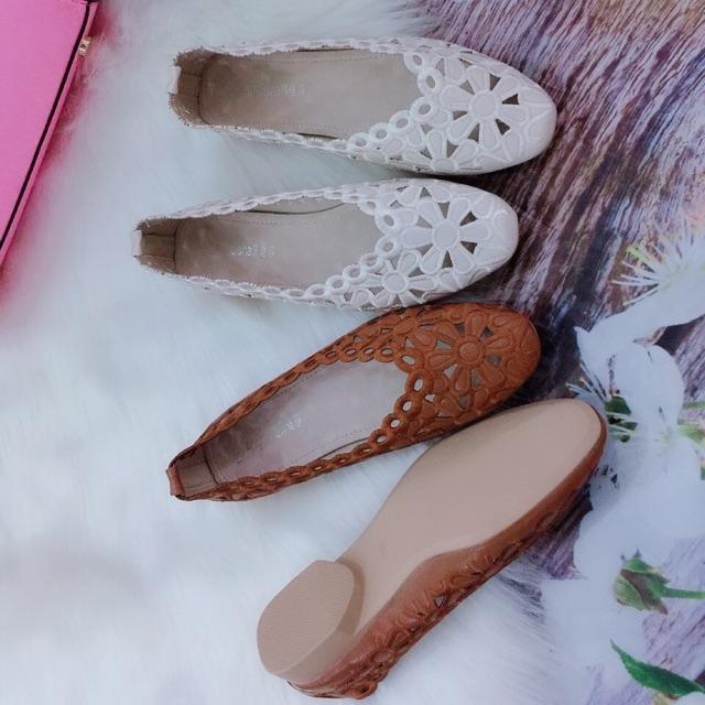 Giày búp bê thêu, hàng quảng châu - 3150237 , 1020330175 , 322_1020330175 , 195000 , Giay-bup-be-theu-hang-quang-chau-322_1020330175 , shopee.vn , Giày búp bê thêu, hàng quảng châu
