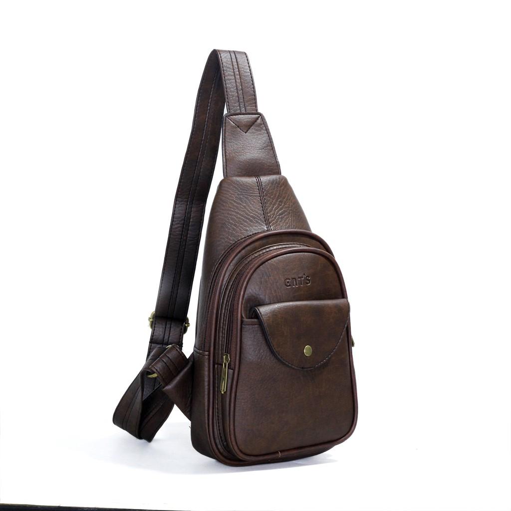 Túi đeo chéo CNT Unisex MQ18 Nâu