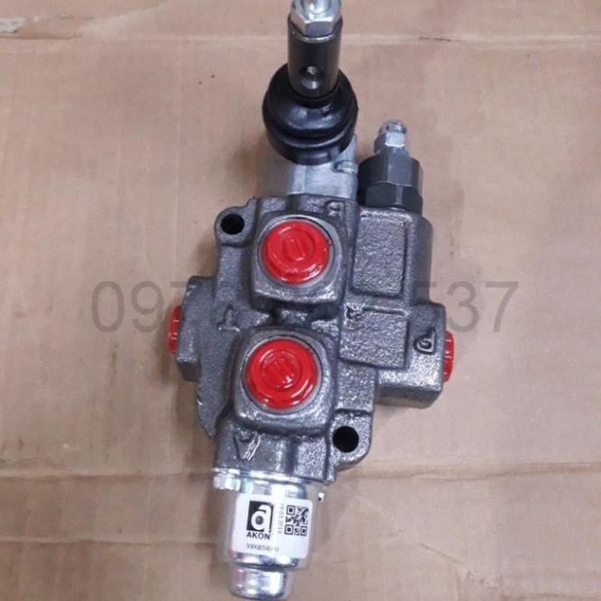 Van gạt tay thủy lực 1 cần ren 17 KVM05