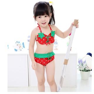 Bộ đồ bơi 2 mảnh kèm nón thiết kế hình dâu tây dễ thương cho bé gái