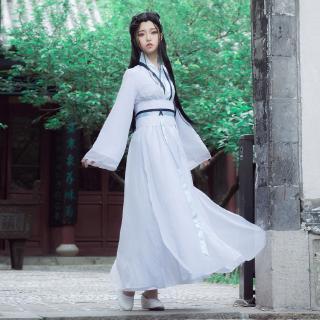 trang phục hóa trang nữ hoàng trắng dễ thương