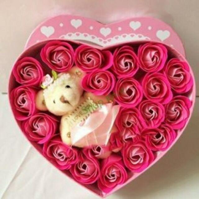Hoa sap thơm trai tim có gấu
