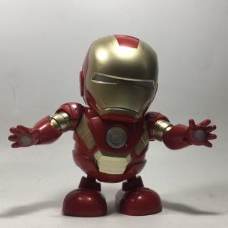 Ironman nhảy theo nhạc