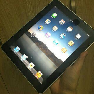 iPad 1 chính hãng Apple bản Wifi 16G/32G USA qua sử dụng giá tốt(Cho xem hàng trước khi nhận).
