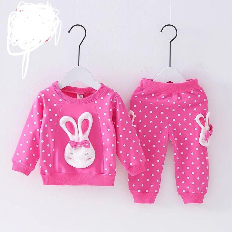 Sét bộ quần áo thu đông mặt thỏ chấm bi dành cho bé gái 1-5 tuổi
