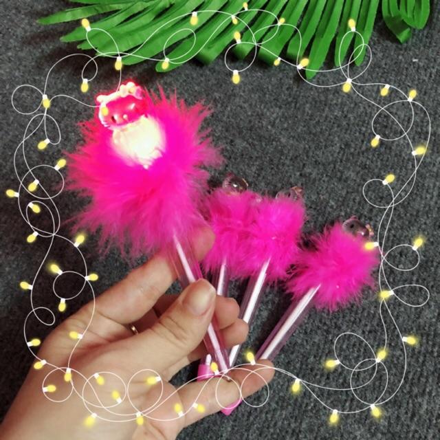 Bút bi sáng đèn Hello Kitty