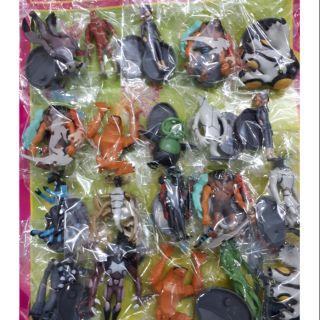 Đồ chơi bằng nhựa hình các nhân vật Ben 10
