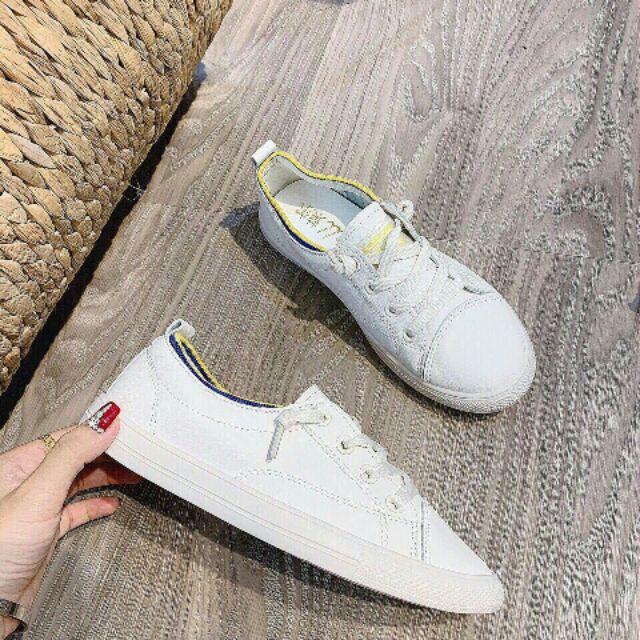 Giày slip on buộc dây