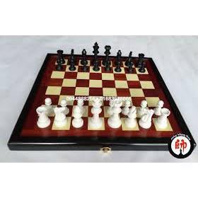 Bộ cờ vua nam châm gấp gọn 28cm x 28cm và 36cm x 36cm