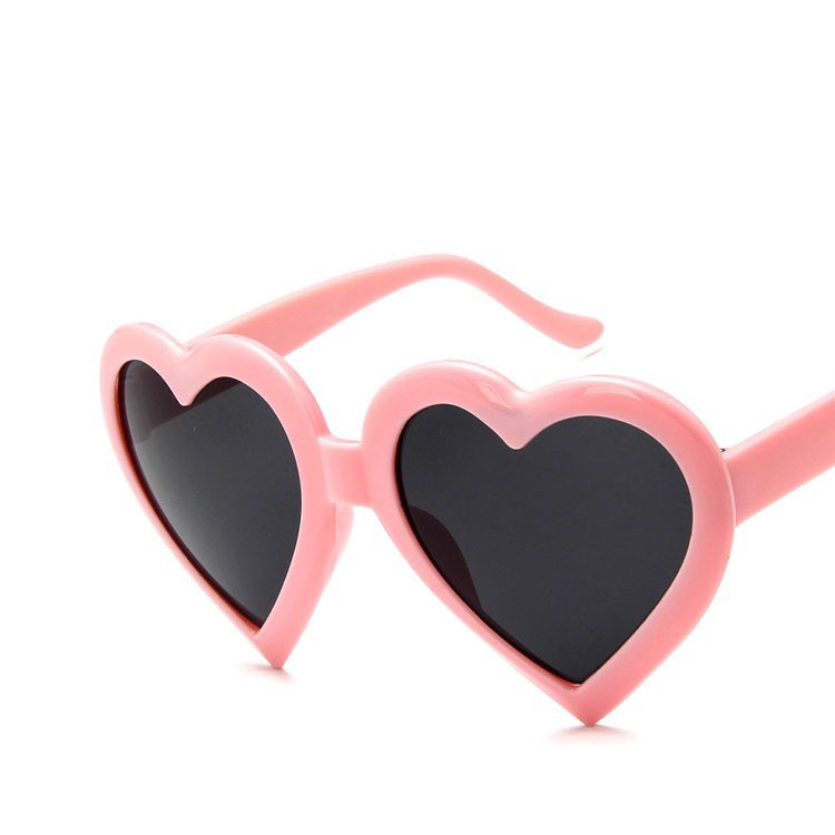 Ins Harajuku Love Sunglasses Female Korean Version Of The Net Red Sunglasses Seaside Vacation Big Frame Peach Heart Beac