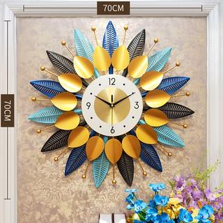 Đồng hồ treo tường  hình lá cách điệu sang trọng