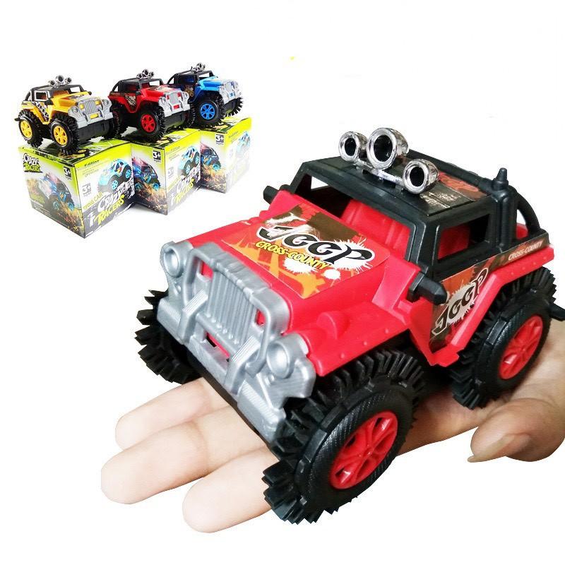 Mô hình xe ô tô địa hình Crazy Racers (CHẠY PIN ) có bánh răng cao su cho bé xoay 180