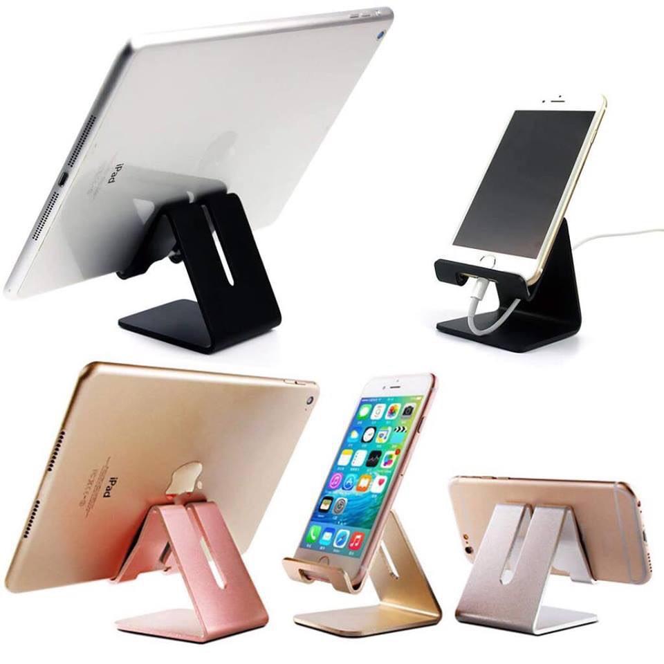 Giá đỡ kim loại cho tay game, điện thoại, máy tính bảng - có khe sạc
