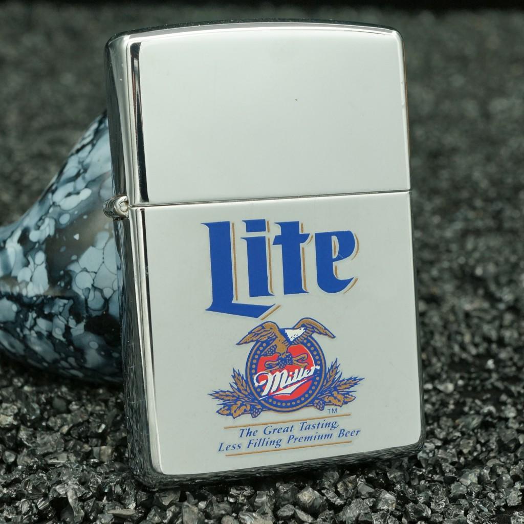 Bật lửa zippo cổ hãng bia miller - bạc xước miller lite bạc bóng 1998
